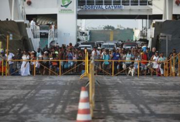 Movimento de retorno à capital é intenso nesta segunda | Felipe Iruatã | Ag. A TARDE