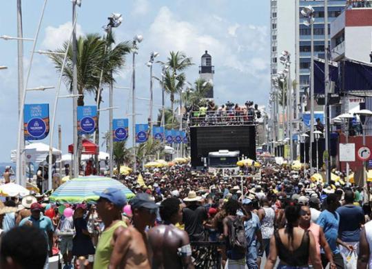 ACM Neto veta projeto de lei que proíbe arrastão em Salvador | Uendel Galter | Ag. A TARDE