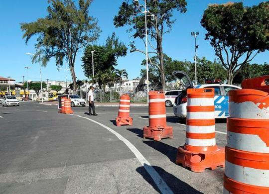 Eventos no feriadão alteram tráfego em Salvador | Uendel Galter | Ag. A TARDE
