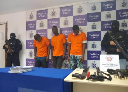 Polícia apresenta quadrilha acusada de tráfico e diversos homicídios em Salvador | Andrezza Moura | Ag. A Tarde