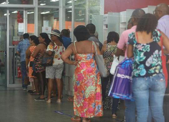 Olhar Cidadão: tempo de espera nos bancos não segue legislação | Raphael Muller / Ag. A TARDE