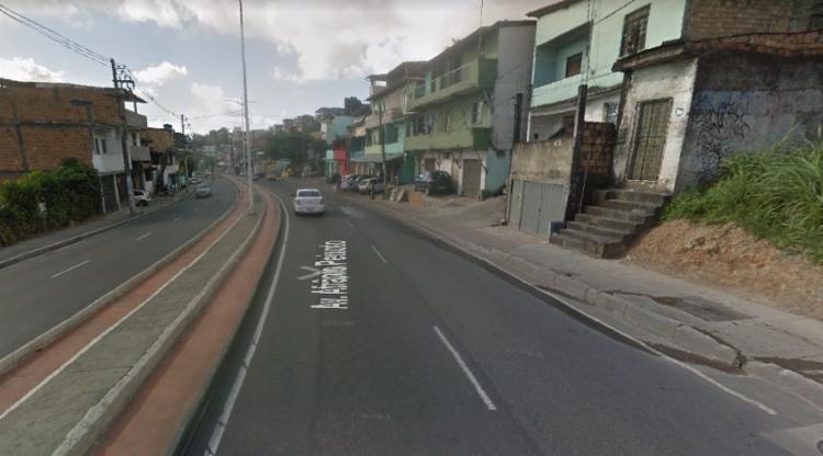 Acidente envolveu atropelamento e colisão entre dois veículos - Foto: Reprodução | Google Maps