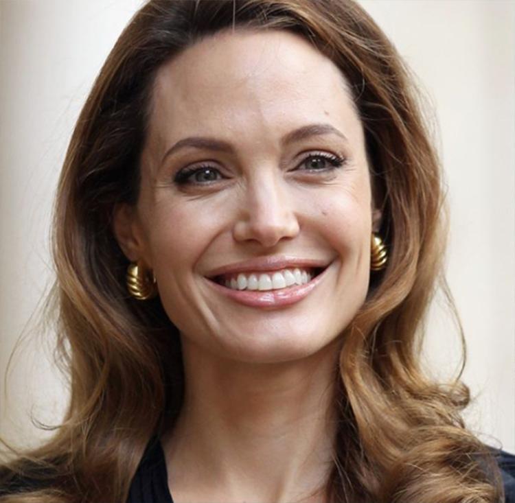 Todos os atores, incluindo Jolie tiveram de sair às pressas - Foto: Reprodução | Instagram