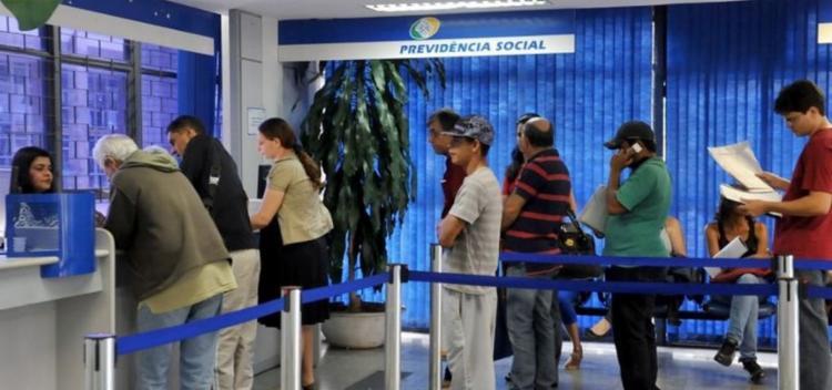 A primeira parcela havia sido liberada em agosto e correspondeu a 50% do valor de benefício   Foto: Antonio Cruz   Agência Brasil - Foto: Antonio Cruz   Agência Brasil