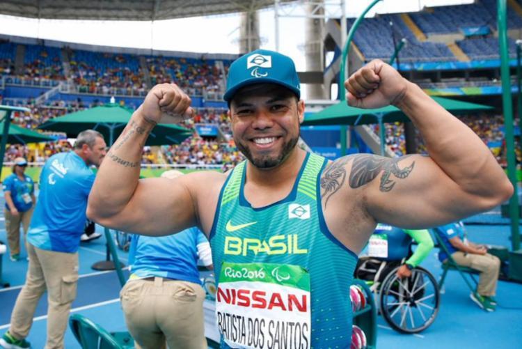 Claudiney Batista subiu ao degrau mais alto do pódio   Foto: Divulgação - Foto: Divulgação