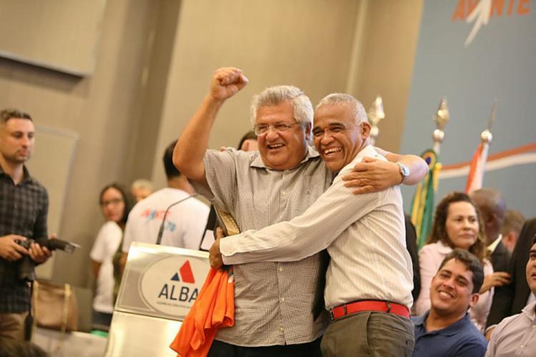Encontro reuniu dirigentes de diversos partidos | Foto: Raul Spinassé | Ag. A TARDE