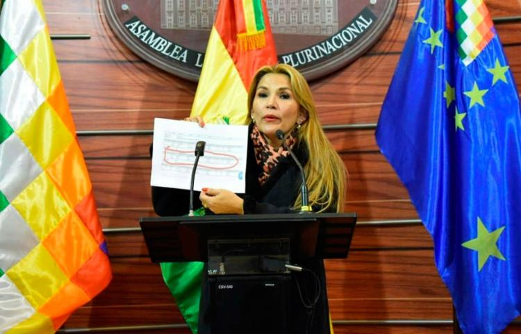 Áñez voltou a afirmar que convocará eleições o mais rápido possível no país | Foto: Reprodução | Facebook - Foto: Reprodução | Facebook
