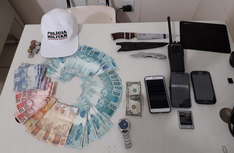 Quase R$ 5 mil foram encontrados com os suspeitos | Foto: Divulgação | SSP - Foto: Divulgação | SSP