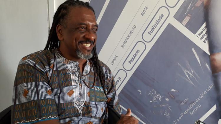Para ator, debates sobre o provo negro devem ocorrer para além de novembro   Foto: Thais Seixas   Ag. A TARDE - Foto: Thais Seixas   Ag. A TARDE