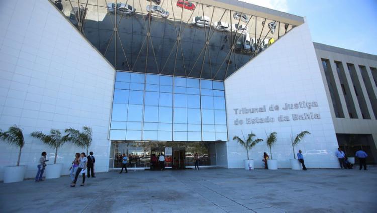 No total, seis magistrados, entre eles o presidente Gesivaldo Britto, foram afastados pelo período de 90 dias | Foto: Joá Souza | Ag. A TARDE - Foto: Joá Souza | Ag. A TARDE