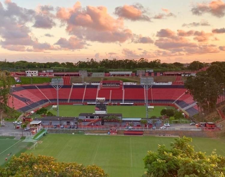 Atualmente, o estádio possui um complexo de treinamento que contempla um total de oito campos   Foto: Reprodução   Instagram - Foto: Reprodução   Instagram