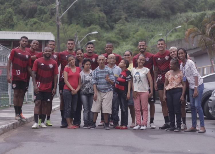 O grupo recebeu a visita dos residentes jovens e adultos com deficiências do Lar Fonte da Fraternidade | Foto: Letícia Martins | EC Vitória - Foto: Letícia Martins | EC Vitória