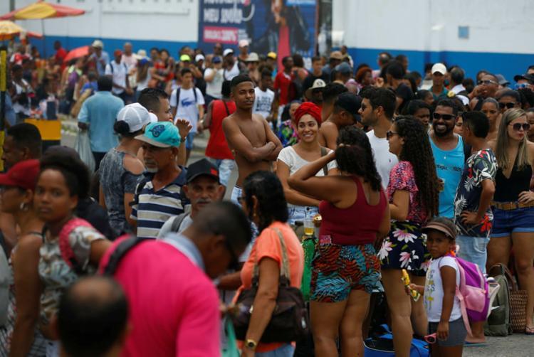 Cerca de 143 mil pedestres são esperados neste feriado | Foto: Adilton Venegeroles | Ag. A TARDE - Foto: Rafael Martins | Ag. A TARDE