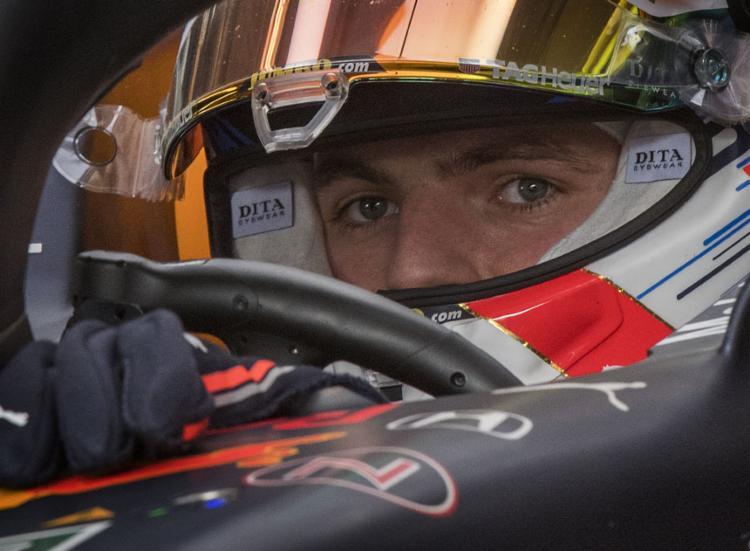 O piloto da Red Bull cravou o segundo melhor tempo do fim de semana até agora, com 1min33s305 | Foto: Mark Ralston | AFP - Foto: Mark Ralston | AFP