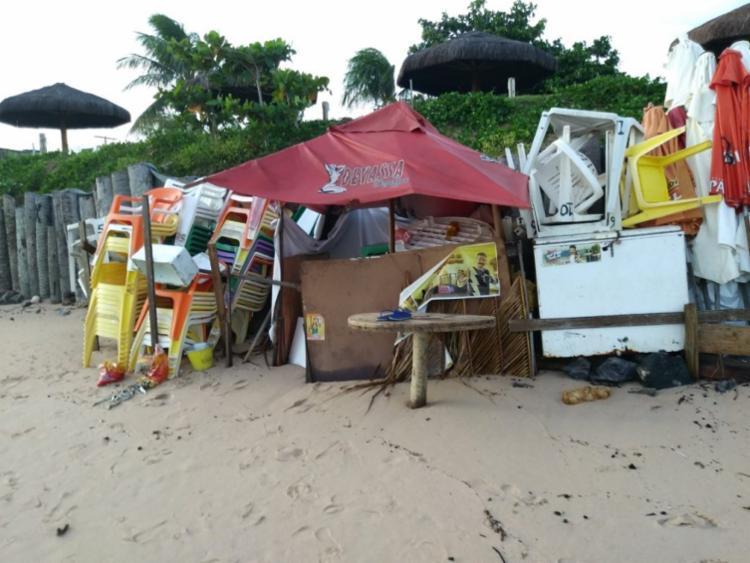 MP notificou a gestão de Elinaldo para que resolvesse a ocupação ilegal da praia | Foto: Divulgação - Foto: Divulgação