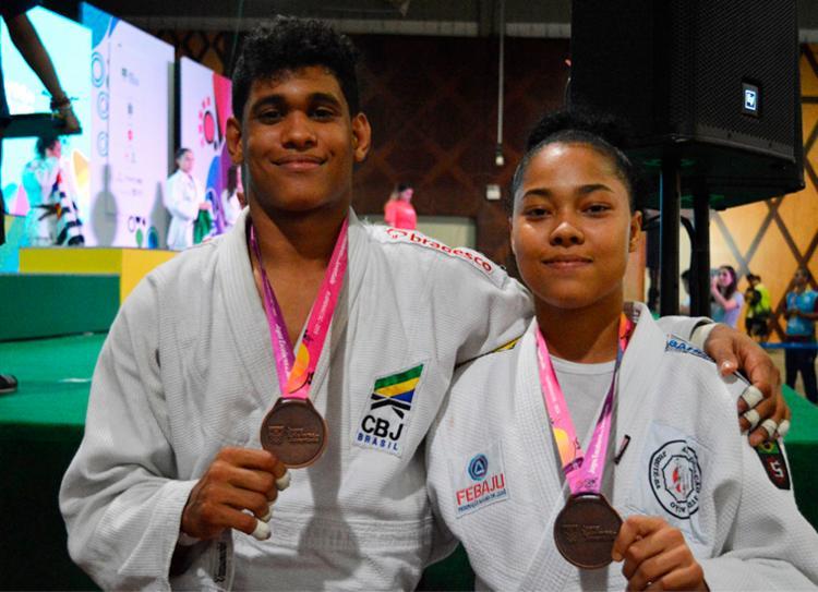 André Carvalho e Sabrina Souza faturaram o bronze no judô | Foto: Jéssica Tavares | Sudesb - Foto: Jéssica Tavares | Sudesb