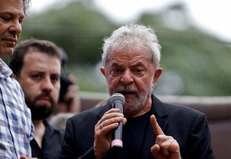 O fato é que com Lula preso a política brasileira é uma coisa, com ele solto é outra | Foto: Miguel Schincariol | AFP - Foto: Miguel Schincariol | AFP