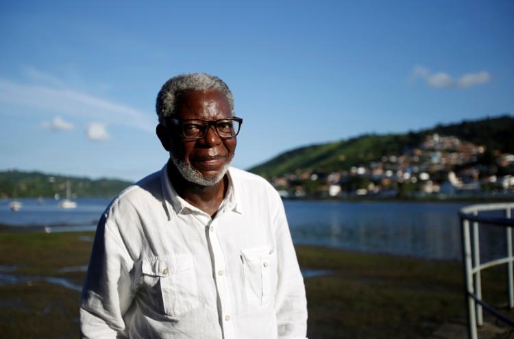 O antropólogo Kabengele Munanga defende que as relações não devem ser sectárias