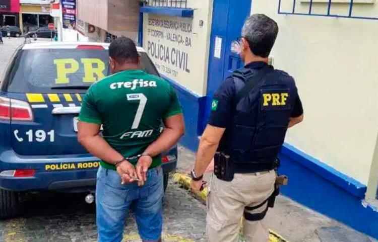 Motorista foi encaminhado à delegacia de polícia judiciária local | Foto: Divulgação | PRF - Foto: Divulgação | PRF