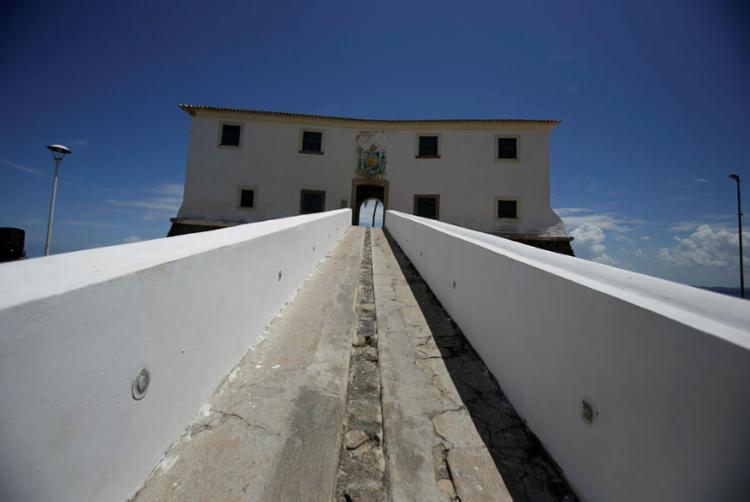 Projeto dá dicas aos turistas para visitação da cidade - Foto: Raul Spinassé   Ag. A TARDE