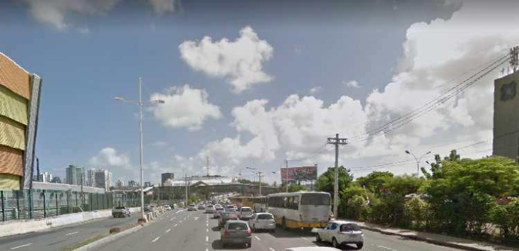 Criminosos foram presos próximo do Terminal Rodoviário | Foto: Reprodução | Google Street View - Foto: Reprodução | Google Street View