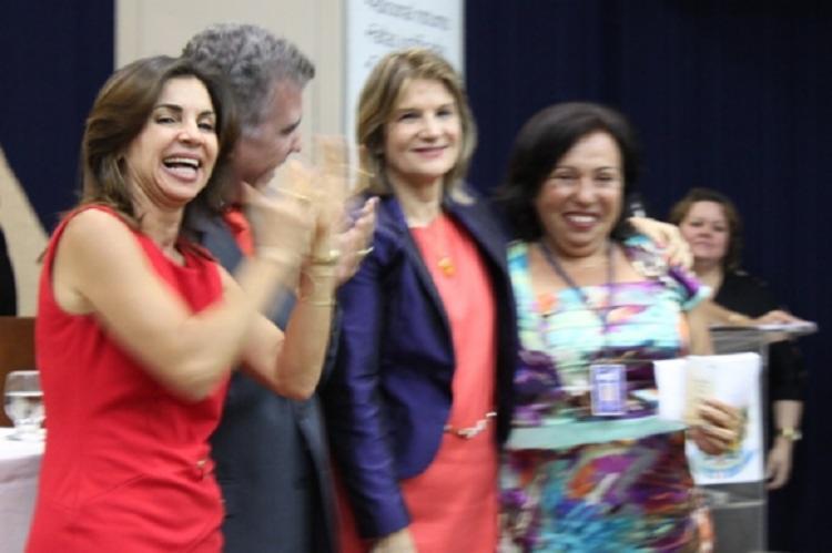 A desembargadora Dalila Andrade (à esquerda) elenca como metas prioritárias da sua gestão a busca pela maior efetividade e celeridade da prestação jurisdicional, com ênfase em ferramentas eletrônicas - Foto: Foto: Secom/TRT5