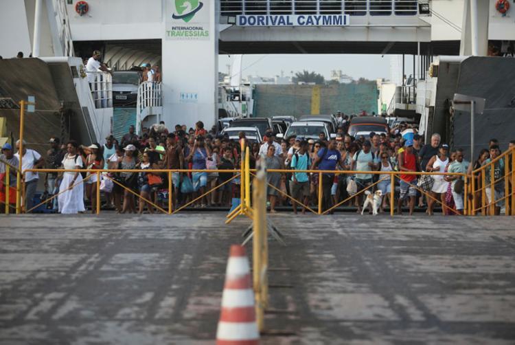 Ferries estão saindo em intervalos de 30 minutos | Foto: Felipe Iruatã | Ag. A TARDE - Foto: Felipe Iruatã | Ag. A TARDE