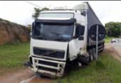 Colisão entre carro e carreta deixa um morto em Governador Mangabeira | Foto: Divulgação | Voz da Bahia