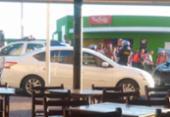 Acidente entre carro e moto deixa um ferido na região da Barra | Foto: Cidadão Repórter | Via Whatsapp