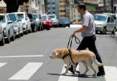 Aplicativo facilita a vida de pessoas com deficiência visual | Foto: Joá Souza | Ag. A TARDE