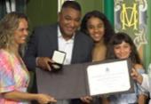 Roger Machado é homenageado pela Câmara de Salvador | Foto: TV Câmara | Reprodução