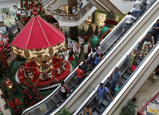 Geração de empregos para festas de final de ano deve crescer de 5% a 6% na Bahia, diz CDL | Uendel Galter | Ag. A TARDE