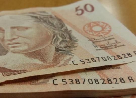 Setor de serviços cresce 0,4% e ajuda PIB do terceiro semestre | Daniel Isaia | Agência Brasil