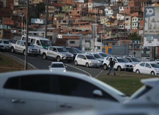 Associação dos taxistas repudia assassinato de motoristas por aplicativo | Felipe Iruatã | Ag. A TARDE