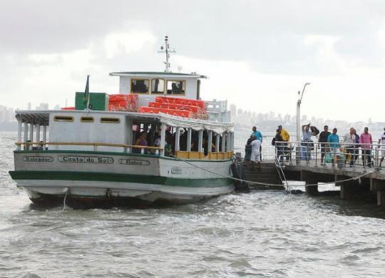 Travessia Salvador-Mar Grande é retomada após suspensão por causa da chuva | Luciano Carcará | Ag. A TARDE