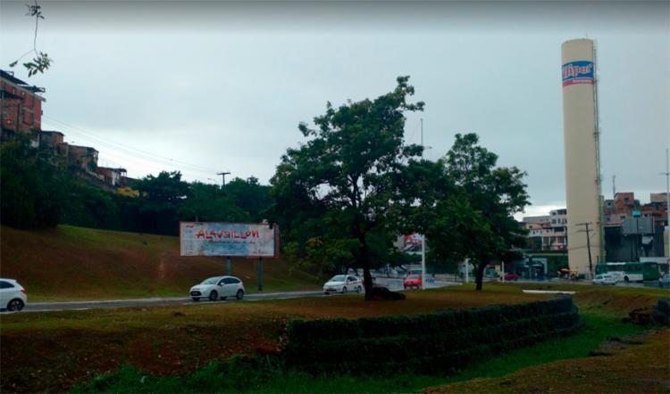 Acidente ocorreu na Avenida Reitor Miguel Calmon, próximo ao supermercado Bompreço   Foto: Reprodução   Google Maps - Foto: Reprodução   Google Maps