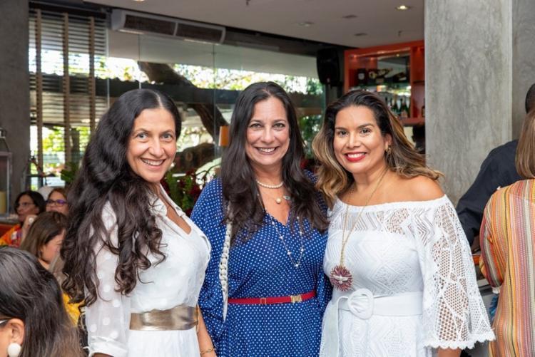 Mary Galvão, Cristina Mendonça e Adriana Régis   Foto: Álem Silva