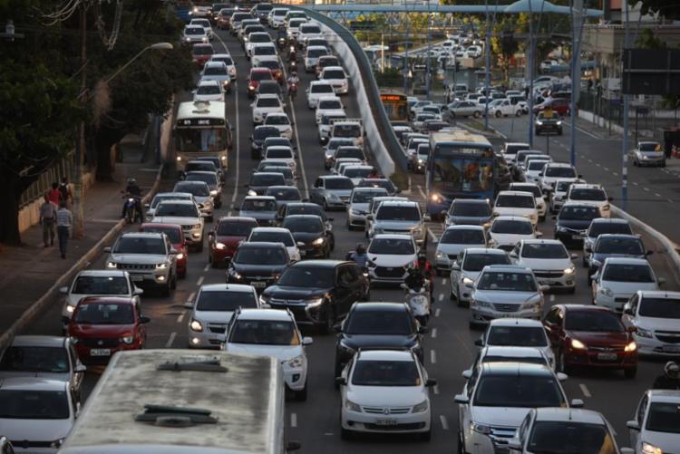 Categoria iniciou protestos ainda na sexta-feira | Foto: Felipe Iruatã | Ag. A TARDE - Foto: Felipe Iruatã | Ag. A TARDE