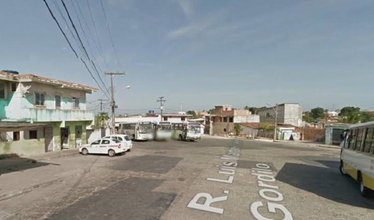Rodoviários e passageiros foram surpreendidos por bandidos   Foto: Google Maps - Foto: Google Maps