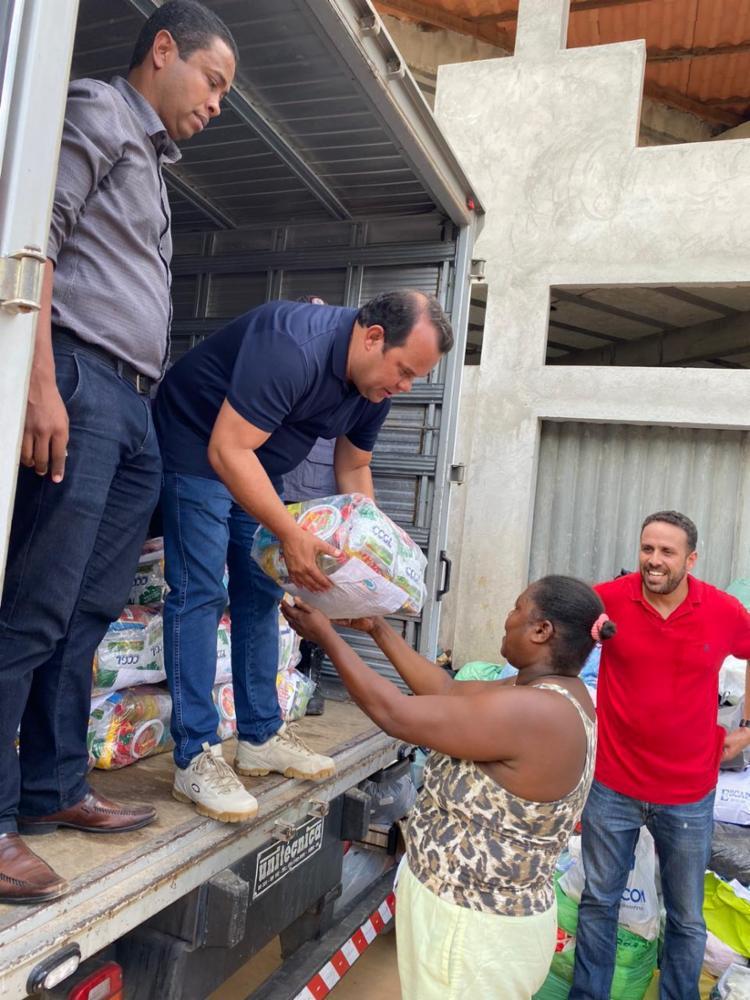 Doação foi entregue nesta quarta-feira, 4, na localidade do Boiadeiro | Foto: Divulgação - Foto: Divulgação