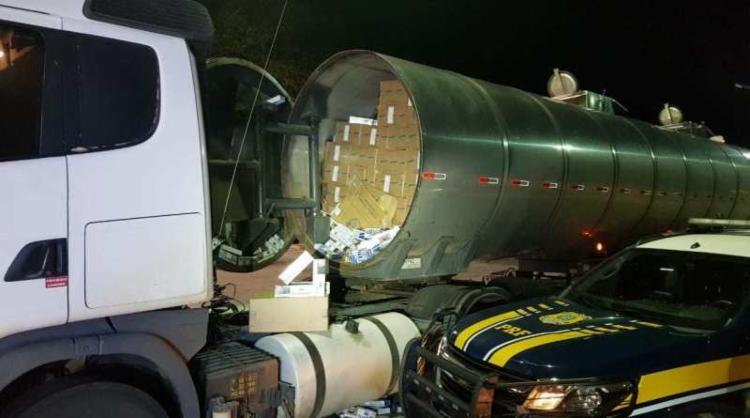 Material foi encontrado em um caminhão-tanque | Foto: Divulgação | PRF - Foto: Divulgação | PRF