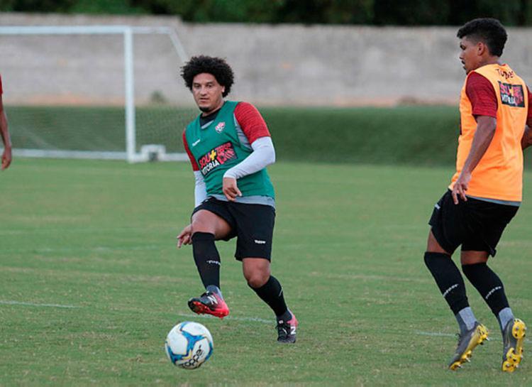 Pelo Leão, o meia disputou 27 partidas pelo Vitória e marcou cinco gols | Tiago Caldas | EC Vitória - Foto: Tiago Caldas | EC Vitória