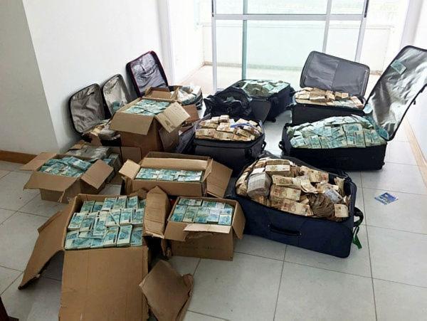R$ 51 milhões foram encontrados em um apartamento atribuído a Geddel, no bairro da Graça, em Salvador |Divulgação | Polícia Federal