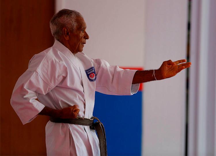 Pregando o respeito e a não violência, seu Valberto deixa legado para novos atletas | Foto: Rafael Martins | Ag. A TARDE
