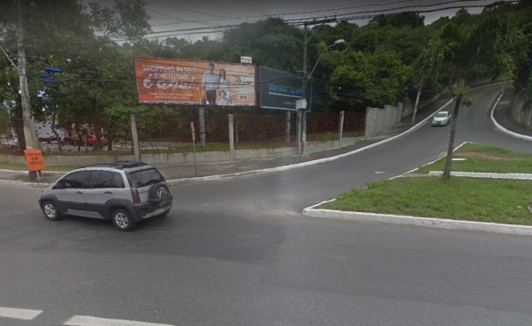 Motoristas são orientados a mudar trajeto   Foto: Reprodução   Google Street View - Foto: Reprodução   Google Street View
