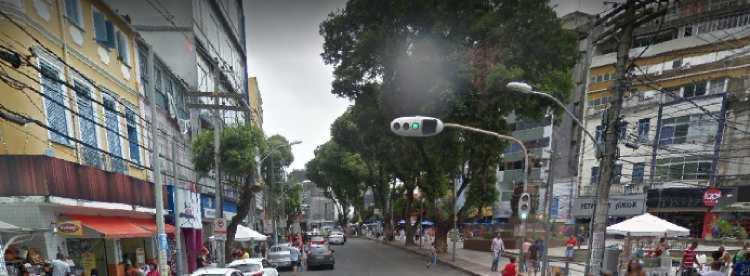 Lojas ficam próximas ao Relógio de São Pedro | Foto: Reprodução | Google Street View - Foto: Reprodução | Google Street View