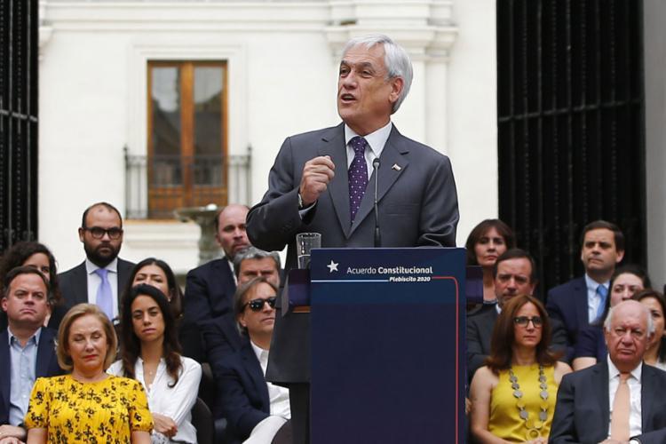 Chilenos vão escolher se querem alterar Constituição e por qual modelo | Foto: Ramon Monroy | AFP - Foto: Ramon Monroy | AFP
