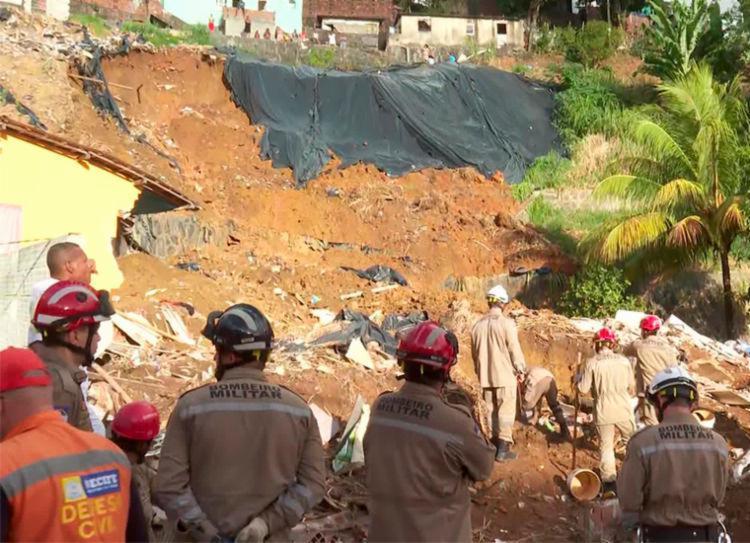 Sete pessoas morreram e três ficaram feridas no acidente | Foto: Reprodução | TV Globo - Foto: Reprodução | TV Globo