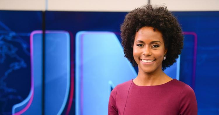 Maju foi a primeira mulher negra a apresentar o telejornal | Foto: Divulgação