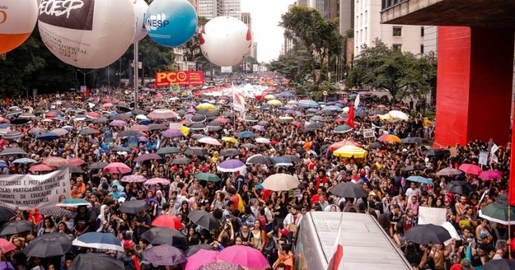 Manifestações em prol da educação ocorreram em todo o país | Foto: Cecília Bastos | USP Imagens